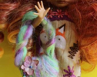 felted handbag for dolls