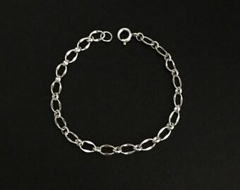 Sterling Silver Bracelet. Simple Silver Chain. Dainty Bracelet.Sterling Silver Link. Layering Bracelet. Delicate Bracelet. Everyday Jewelry.