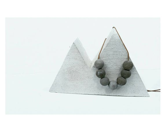 Concrete Planter,Air Plant,Air Planter,Air Plant Holder, Modern Mountain, Wanderer, Minimalist Style,Jewelry Display,Mountain Lover