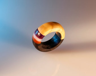 wedding ring wood,for her and him, ring craft, handmade, carved wood, resin, organic glass, color bands, artistic