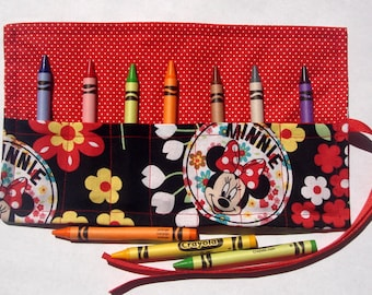Crayon Roll Up Crayon Holder Minnie Mouse On Black - Holds 7 Crayons