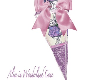 Printable Alice in Wonderland Paper DIY favor Cone featuring the White Rabbit