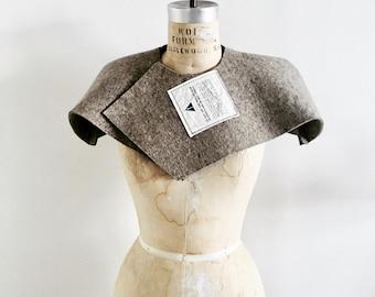 Caplet, Cape, Womenswear, Fashion, Design, felt, industrial