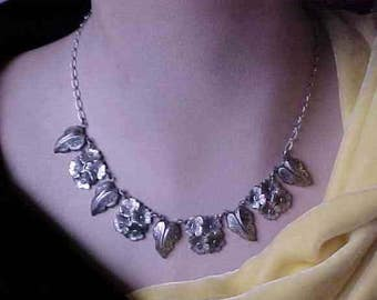 Vintage Flowers and Leaves Silver tone Textured Chain Necklace 16 1/2 inch length
