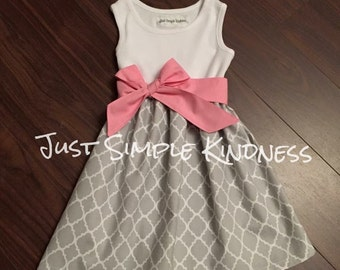 Girls Gray Quatrefoil Tank Dress, Girls Dresses, Girls Easter Dress, gray Pink dress, Girls Spring Dress, Gray Dress