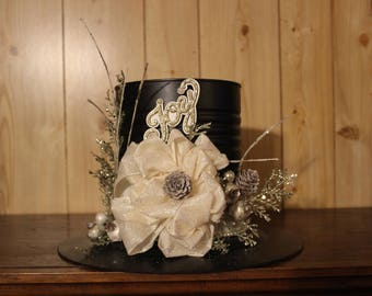 Christmas Holiday Centerpiece ~ Top Hat Design