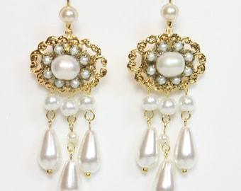 Bridal Earrings Chandelier Earrings Vintage Gold Drop Pearl Wedding Victorian vintage bridal Gold earrings Tiny Pearls earrings
