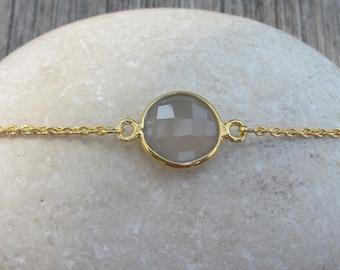 Moonstone Gold Bracelet- Round Gray Moonstone Bracelet- Gold Bracelet- Boho Bracelet- Gemstone Gray Bracelet