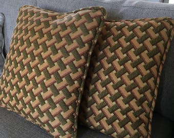 Set of 2 CROSSHATCH VINTAGE PILLOWS