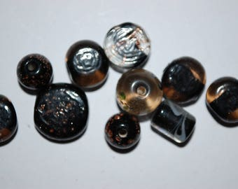 lot 10 various glass beads shapes black