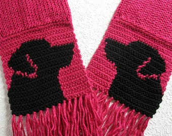 Black Labrador Retriever Scarf. Dark pink, crochet and knit scarf with black lab dogs. Labrador dog gift. Pink knitted dog scarf