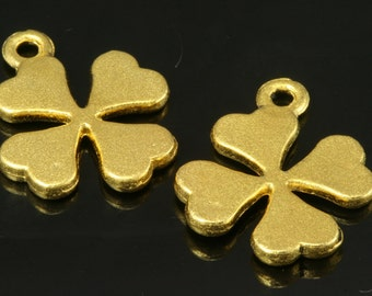 5 pcs 15 mm gold plated alloy clover finding charm pendant 140