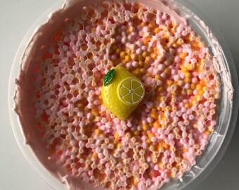 Sour Berry Limeade - 8 oz w/ Lemon Charm