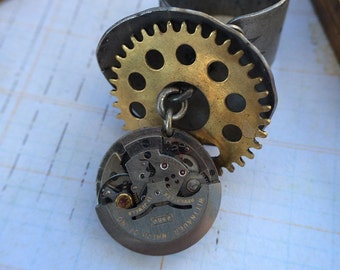 Watch movement steampunk ring  Handcrafted artistic jewelry -The Victorian Magpie