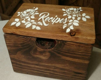 Rustic Pallet Wood Recipe Box, holds 5x7 recipe cards.