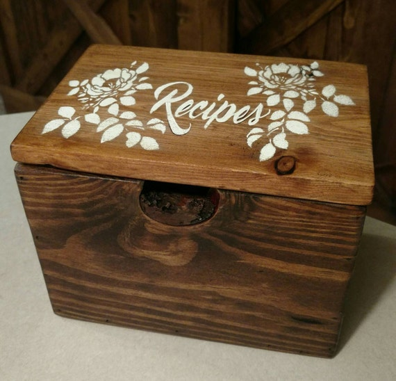 rustic pallet wood recipe box holds 5x7 recipe cards