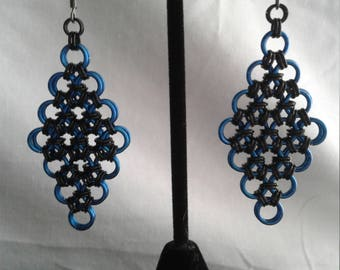 Diamond-shaped Chain Maille Earrings