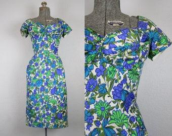 1950's Blue and Green Bombshell Wiggle Dress / Size Medium