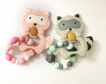 Baby - teething ring / Silicone / rattle /.