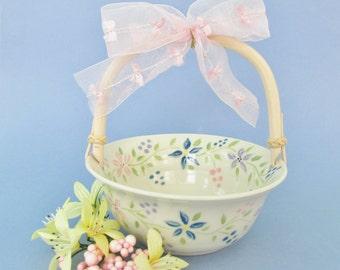 Easter Basket, Pottery Basket, Small Ceramic Easter Basket, Candy Dish, Cookie Dish, Nut Dish, Easter Decoration, Spring Basket,