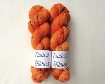 merino wool nylon hand dyed sock yarn 100g / 425m / Eluded Fibres / DYNAMITE