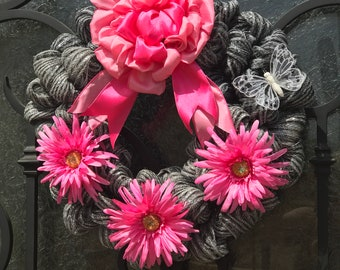 Every Day wreath for Front Door, Pretty in Pink Wreath Decor, Pink Daisy and black/silver wreath decor, Everyday Wreath Decor, Pink Wreath