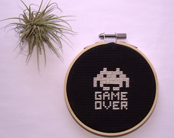 Space Invaders - Game Over - Cross stitch