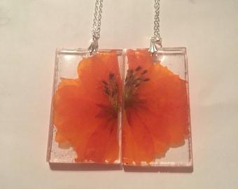 Orange flower resin friendship necklaces