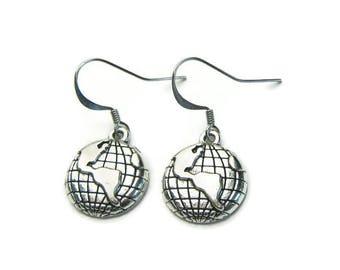 Earth Earrings, Earth Charm Earrings, World Earrings, Globe Earrings, Travel Earrings,Travel Charm Earrings,Traveler Earrings,Travel Jewelry