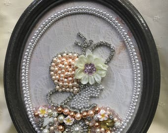 Vintage Style Jewelry Cameo Frame