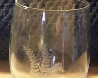 Etched Fern Set of Stemless Wine Glasses