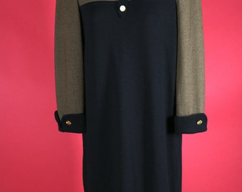 Brown and Black Business Office Style Long Sleeved  Knit Dress Size Small with Polo Shirt style collar Adolfo New Yorkd