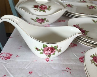 Midwinter Stylecraft fashion shape dinner service Roses
