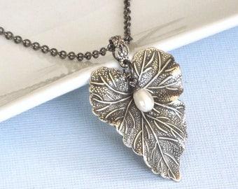 Silver Leaf Necklace - Pearl, Leaf Jewelry, Garden Jewelry, Nature Jewelry