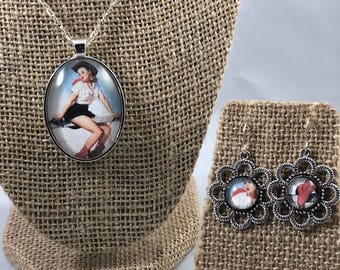 Vintage Pin Up Cowgirl Necklace and Earring Set