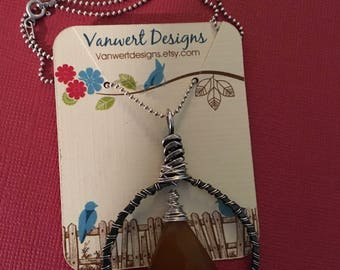 Wirewrapped Honey Chalcedony Necklace