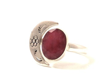 Crescent moon ring - Facetted Ruby & half moon Sterling sterling silver hammered Ring- Women's Ring, size 9