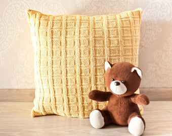 Knit cushion. Cable knit pillow cover. Decorative pillow 45x45. Knit home décor. Yellow  knit pillow. Baby room décor.