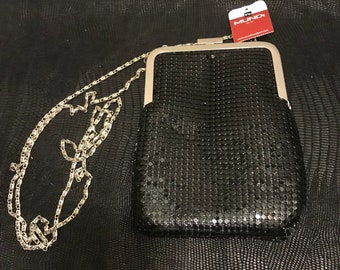 Vintage Mundi Black Mesh Chain Strap Shoulder Purse Clutch Bag Hollywood Retro Purse with Brass Clasp Closure Evening Bag Wedding Prom Party