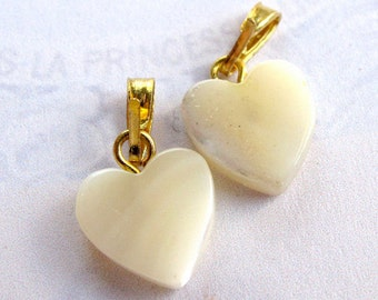 Mother of Pearl Heart Charms (4X) (NS521)