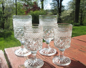 Four Vintage Wexford Wine Glasses - Wexford Stemware - Two 4oz Wine and Two 2oz Cordial - Anchor Hocking Glassware