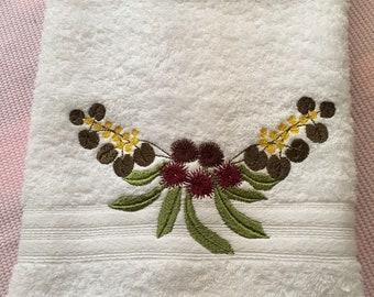 Hand towel machine embroidered