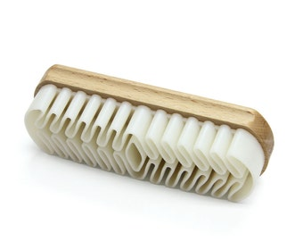 Crepe Rubber Brush for Suede and Nubuck, Made in Germany