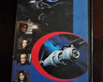 Babylon 5 The Collector's Editon The Gathering 1997 Vintage Sci- Fi Science Fiction, Fantasy 90 Min VHS 20919