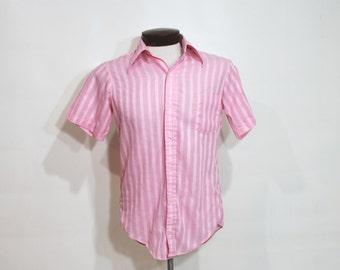 60s 70s Shirt Button Up Mens Atomic Pointy Lapels Short Sleeves Fishtail Hem Vintage 1960s 1970s Medium 15