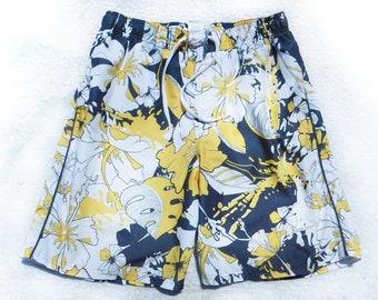 vintage Nike swim trunks -surf shorts, men's summer shorts,  swim trunks, Men's swim trunks, swim shorts,  size medium ,   # 20