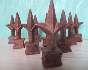 Rusty Cast Iron Finials, Vintage Set of 10 Old Metal Fence Toppers, Farmhouse Decor, Rustic Salvage for Metal Sculpture Upcycle Repurpose