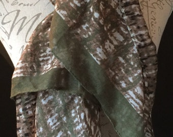 Green Abstract single scarf