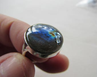925 Silver and Labradorite Ring Size 5