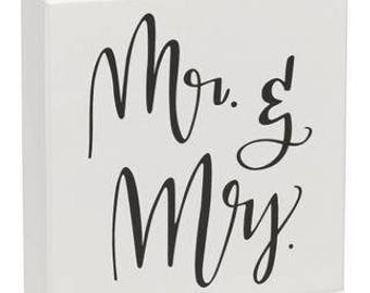 Mr & Mrs Box Sign
